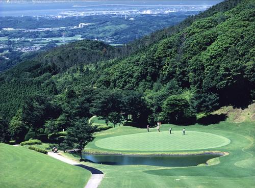 ★11/23(木・祝)に(千葉・君津IC)鹿野山ゴルフ倶楽部にて開催される【関東地区予選会】全日本ヒルズジュニア選手権 兼 2018グアムUSAレオパレスジュニアオープン日本代表選抜の受付を開始しました。  イメージ8