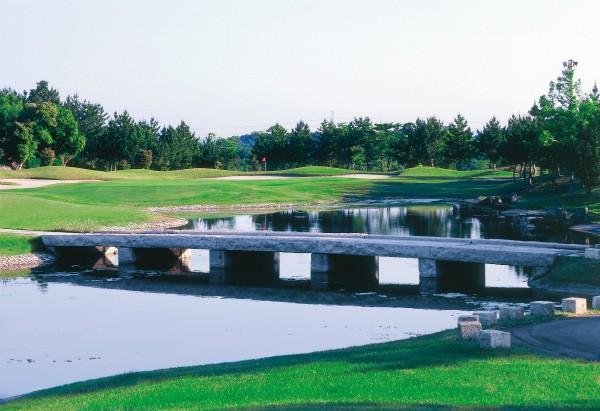 ★2/25(日)に(神戸・吉川IC)ロータリーゴルフ倶楽部にて開催される【関西地区予選会】第8回USAハワイホノルルパールジュニアオープン(PJO) 日本代表選抜の受付を開始しました。 イメージ2